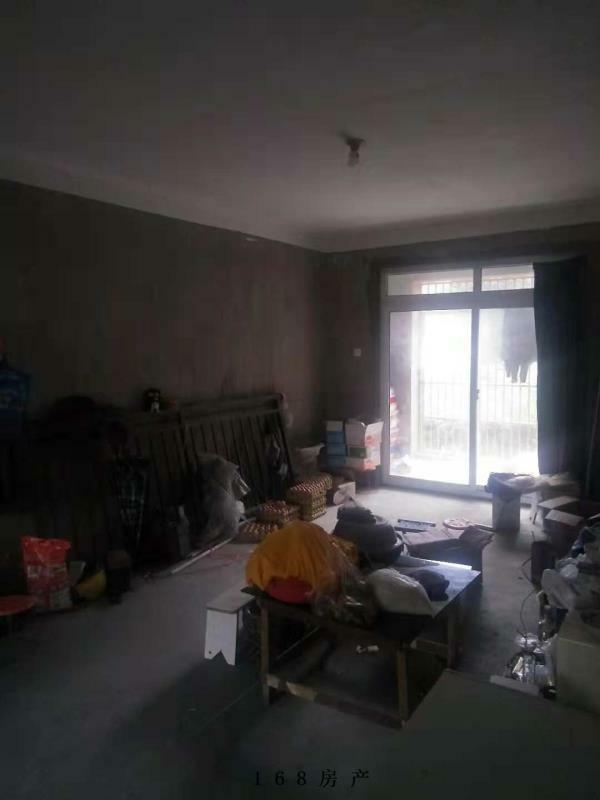 中泰锦城学区房一楼地理位置优越户型方正