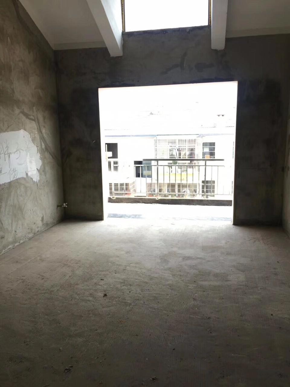 海正明湖3室 2廳 1衛43萬元
