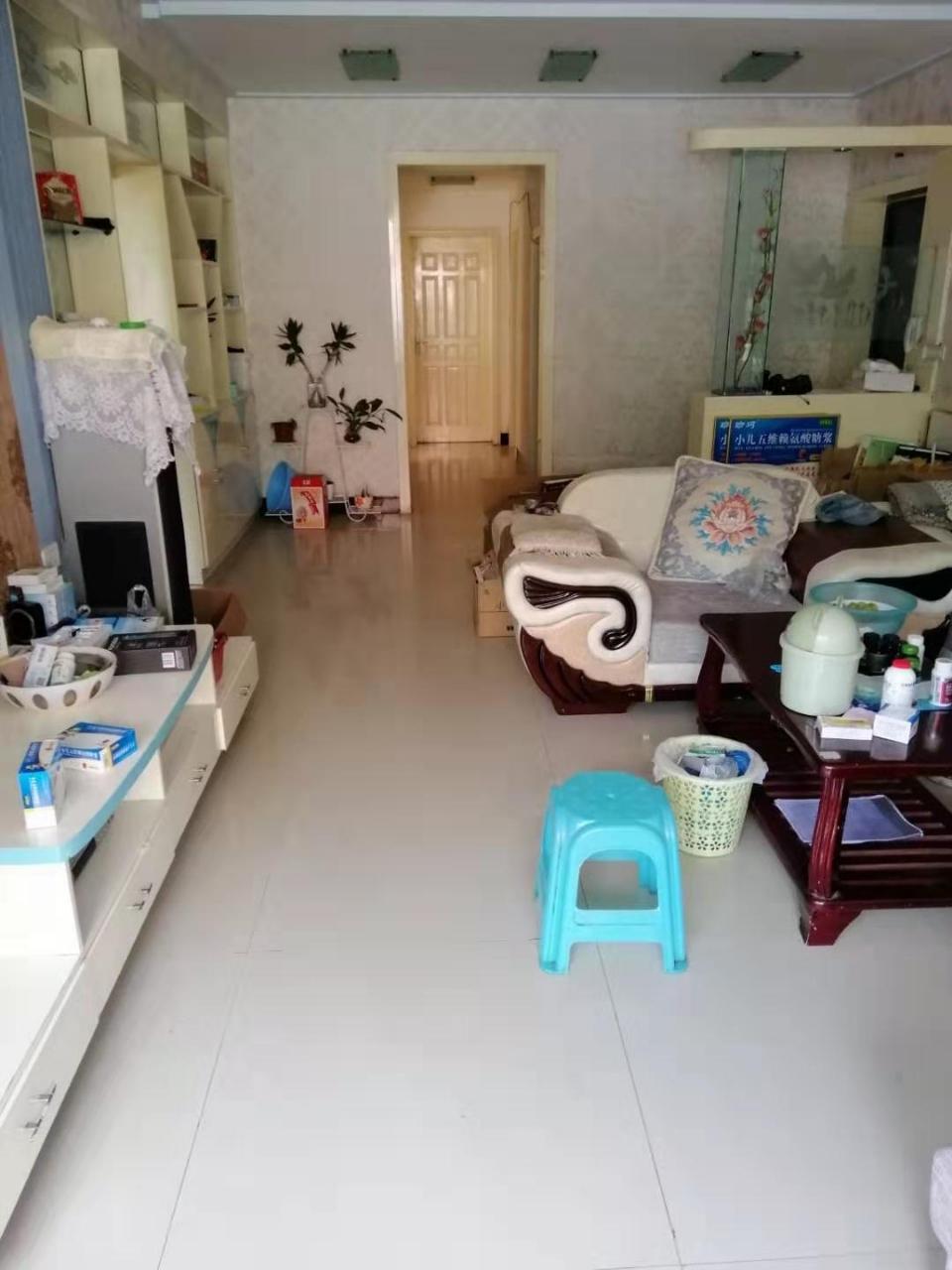 南江花园3室 2厅 1卫58.8万元