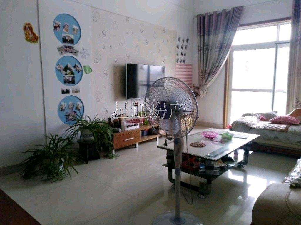 锦泽苑4室 2 厅 2卫84.8万元
