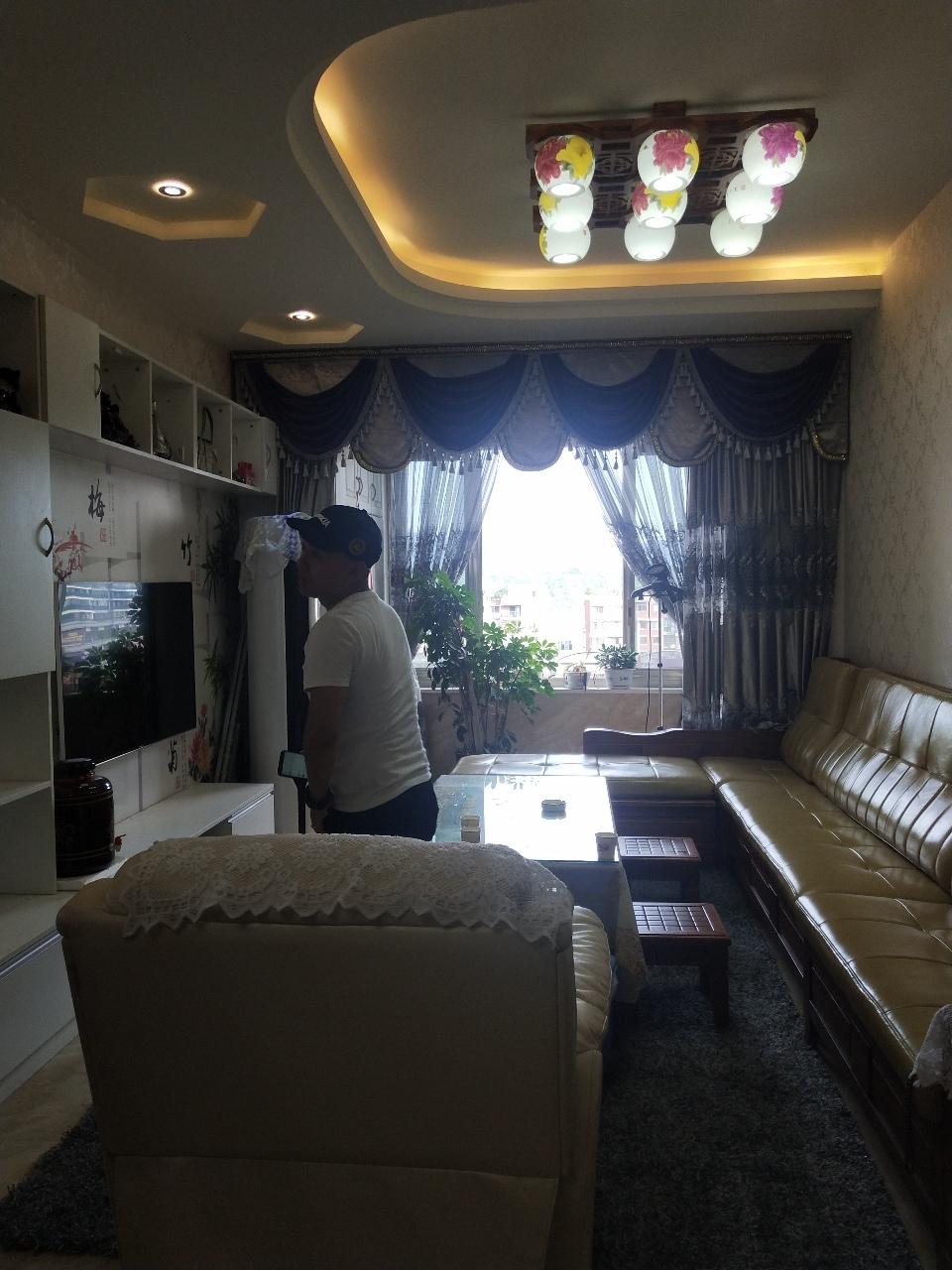 巴塞罗那2室 2厅 1卫65.8万元