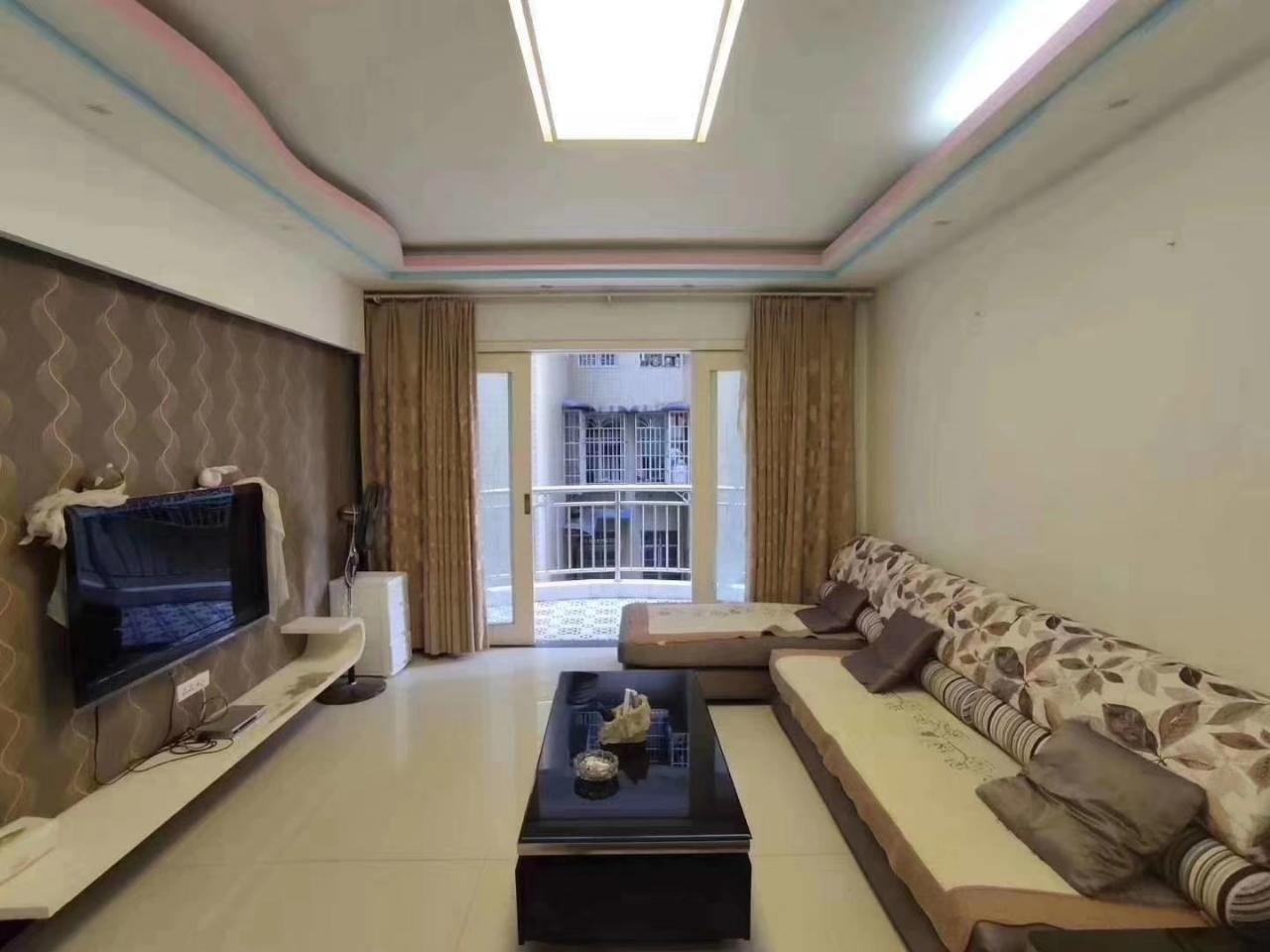 茅台小区4室 2厅 1卫49.8万元