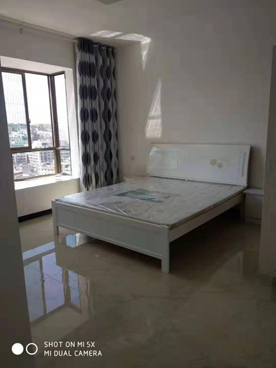 中山商城小區3室 2廳 2衛65.8萬元