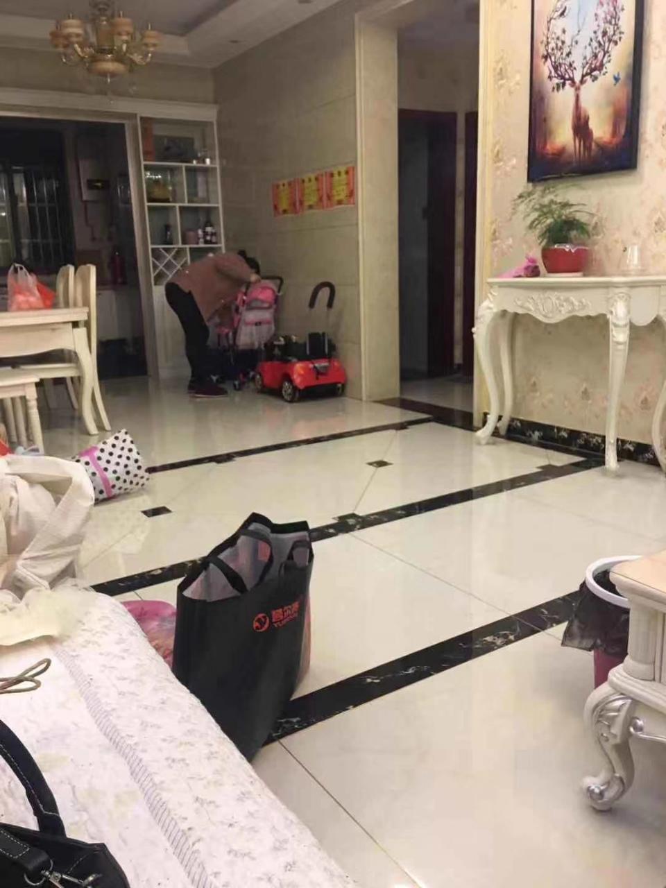 瑞泰·中央城3室 2厅 2卫90万元