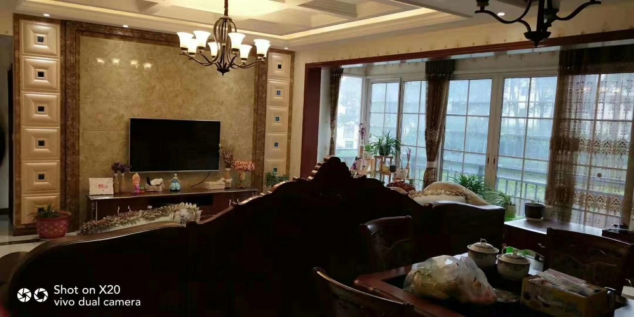 兖矿新城3室 2厅 2卫69.8万元