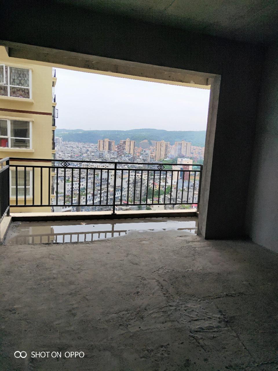 青合锦城两室一厅,低于市场价出售!!