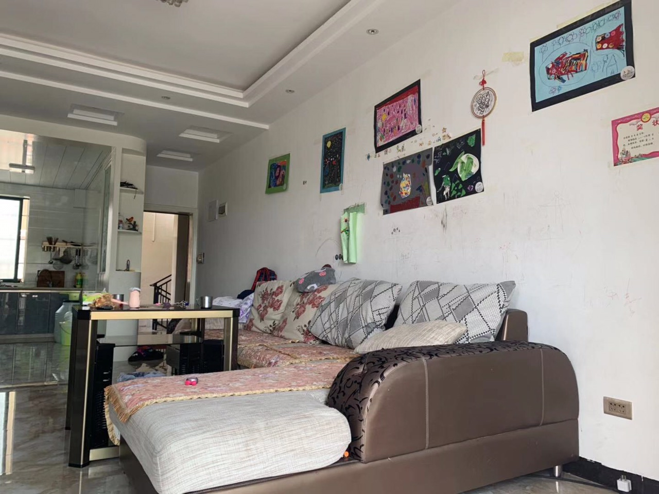 湄潭顶级小区太阳城2室 2厅 1卫42.8万元