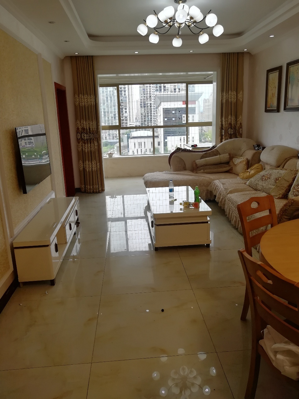 南山明珠3室 2厅 1卫58.8万元