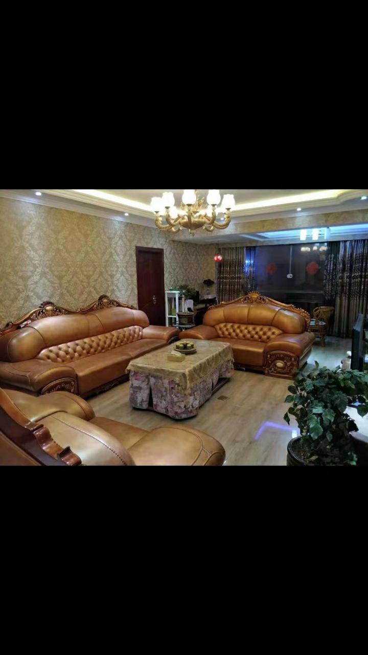 青崗林廉租房復式樓8室 2廳 3衛126.8萬元