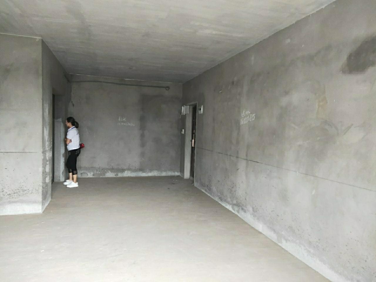 新城十二区 清水2室 2厅 1卫35.8万元
