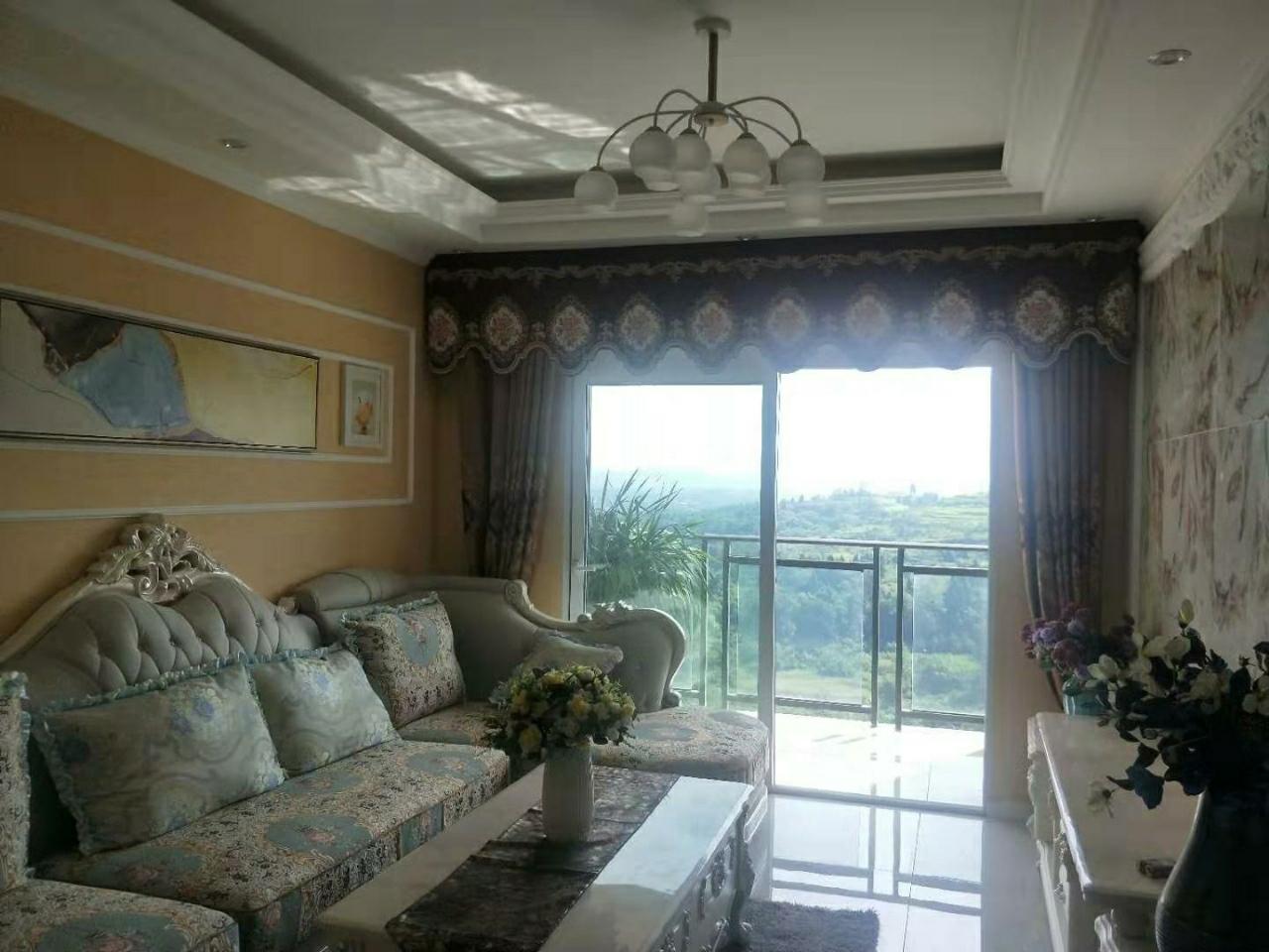 绿地· 2室 2厅  精装修未入住39.8万元