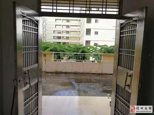 重点学区房 118平3室2厅精装 低价出售
