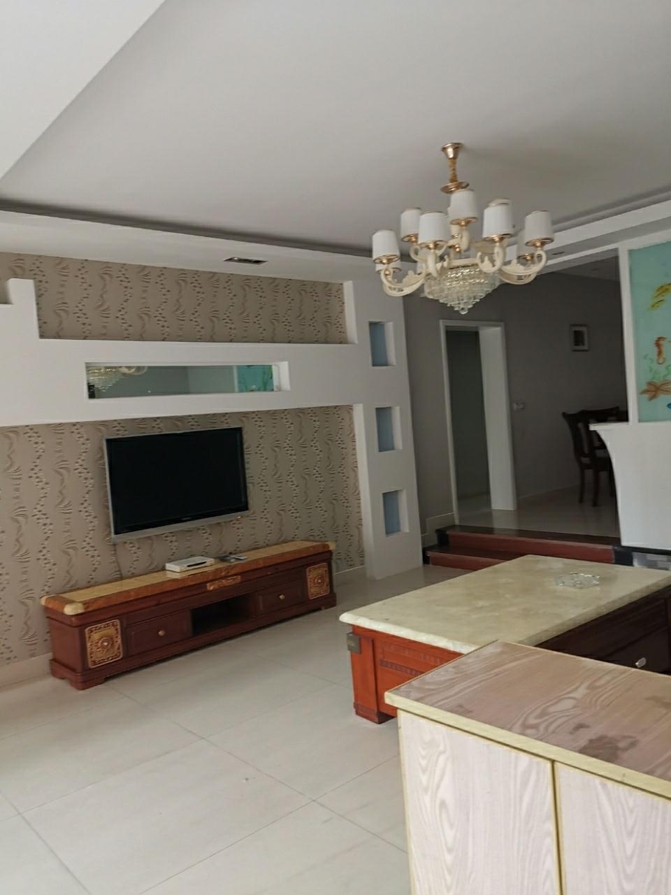山水人家3室 2厅 2卫76.6万元