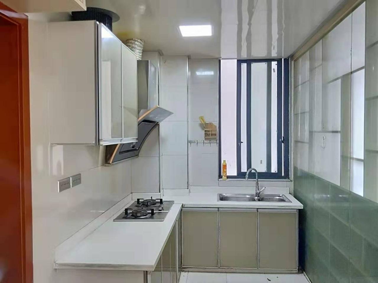 翰墨山水3室 2厅 2卫60万元