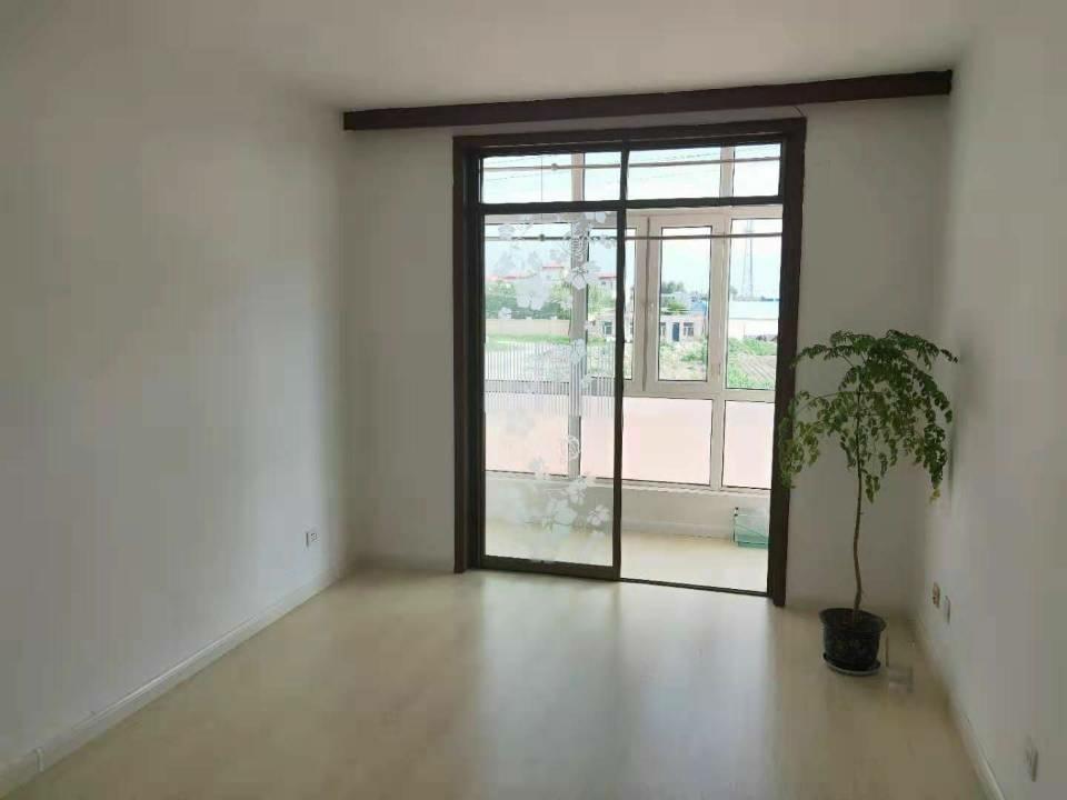 吉鹤苑2室 1厅 1卫27.5万元