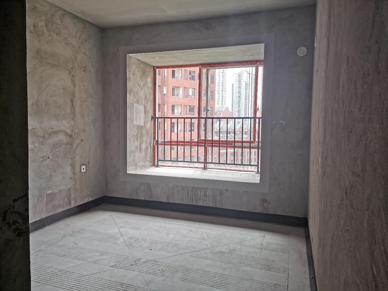 金科中央公园城3室 2厅 1卫49.8万元