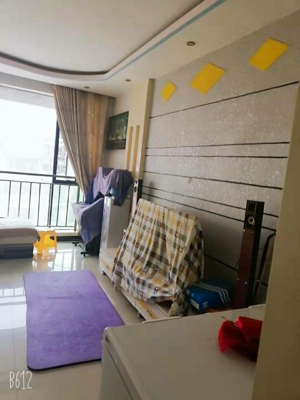 鸿福家园3室 2厅 1卫45.8万元