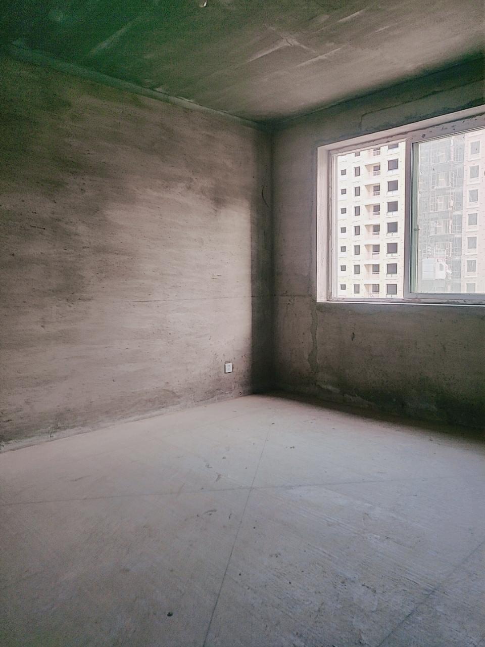 帝景公館3室 2廳 1衛31萬元
