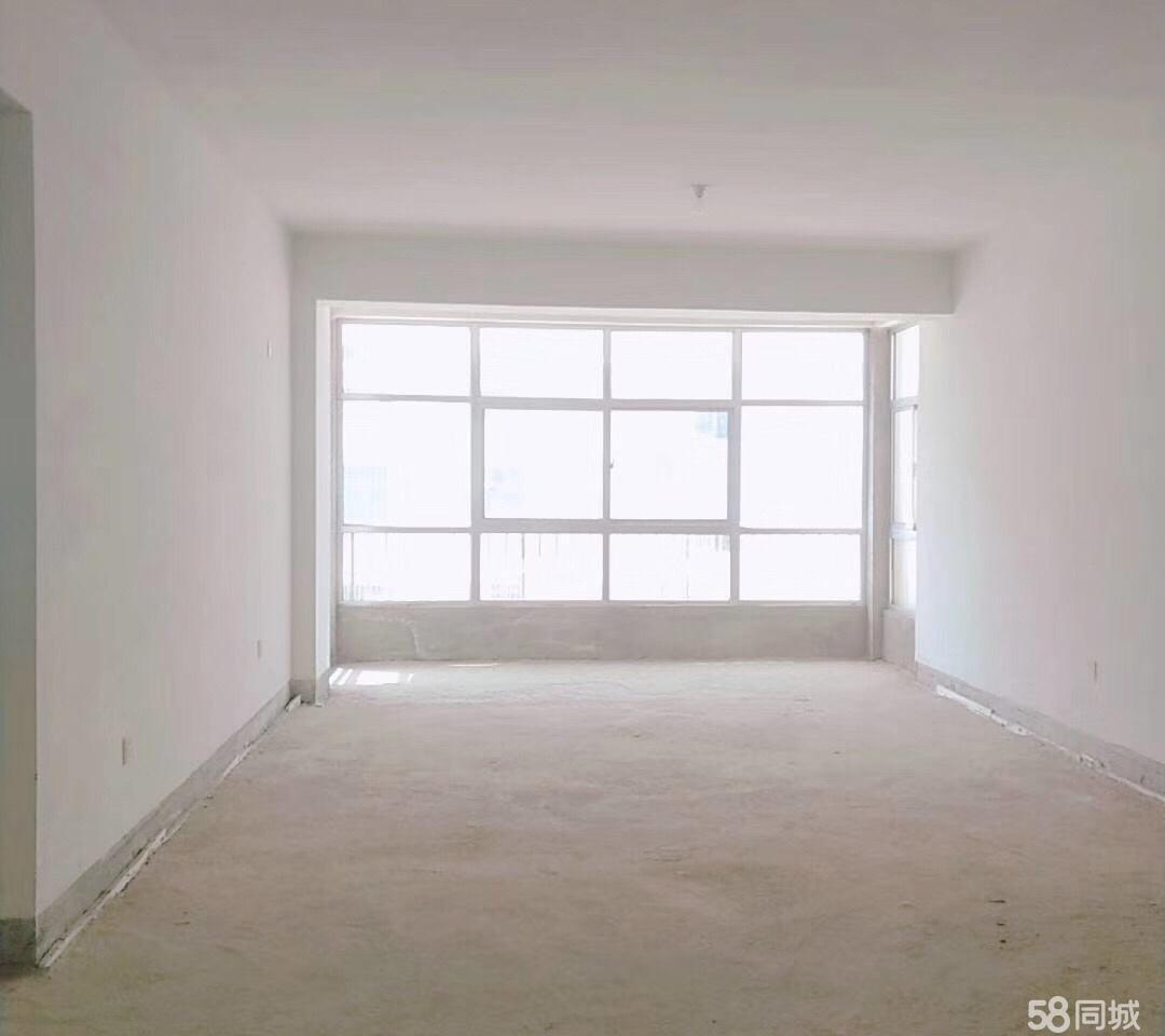颐馨园电梯房复式216平米5室 3厅 2卫86万元