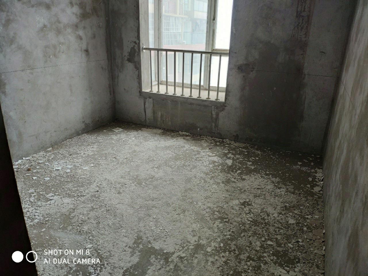 凤凰华城+3室 2厅 2卫+48.8万元+可更名
