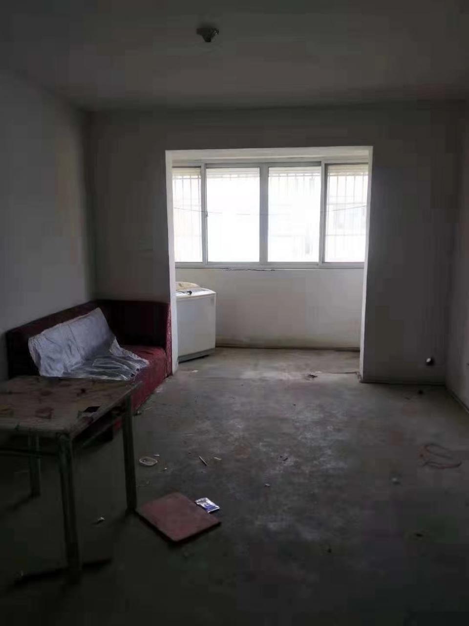 包過戶柏星二室88平2室 2廳 1衛38萬元