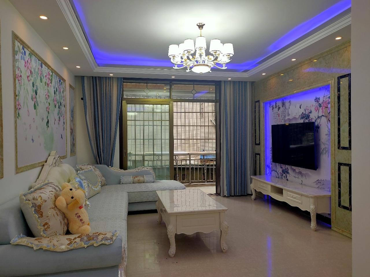 南方明珠3室 2厅 2卫61.8万元