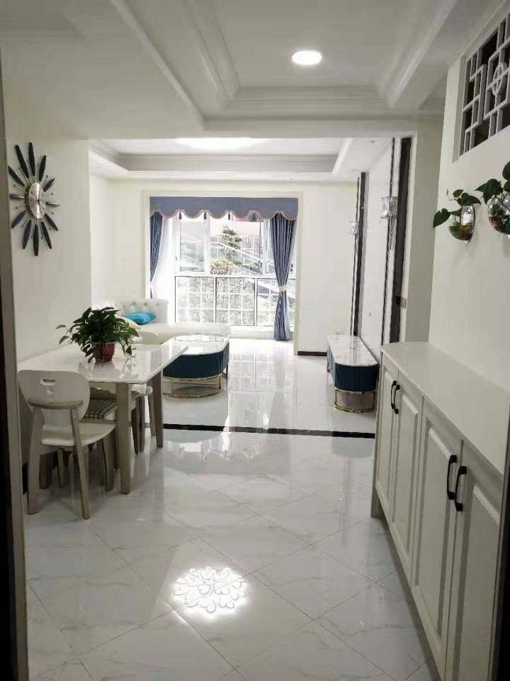 百庆尚西3室 2厅 2卫62.8万元