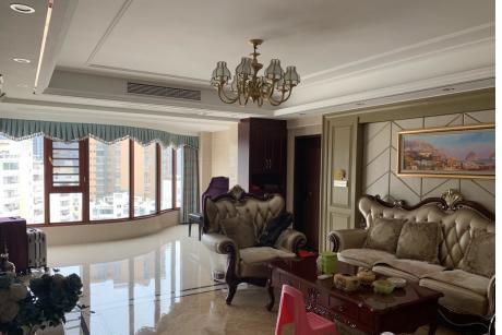 三遠江濱花園4室 2廳 2衛195萬元
