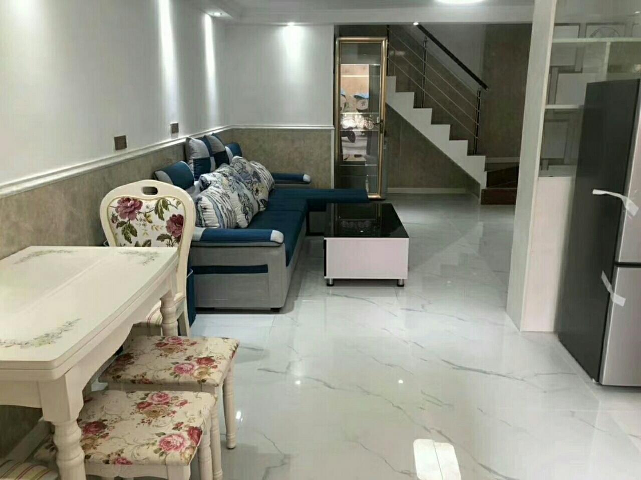 农行旁边3室 2厅 2卫38.8万元