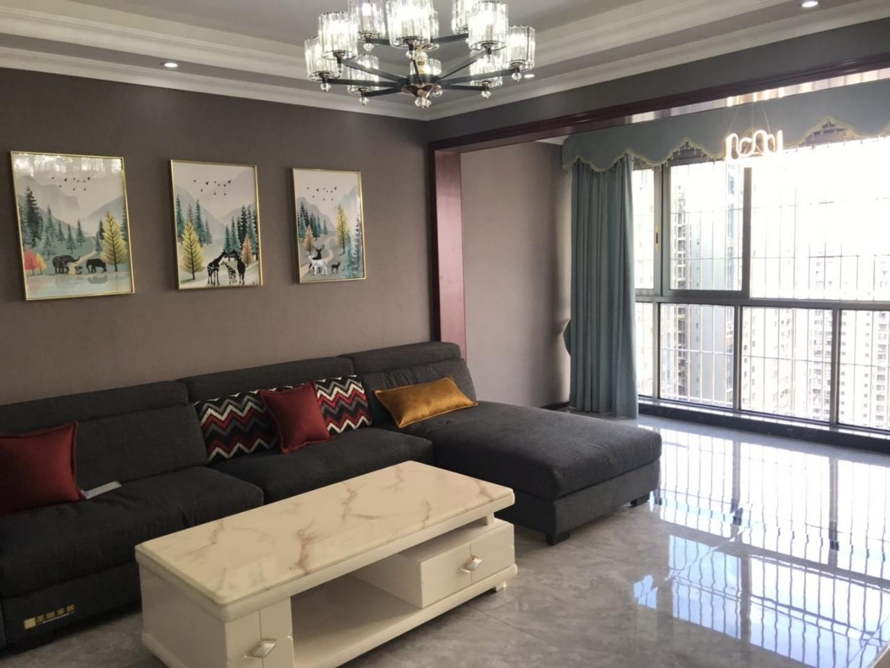 中铁仁禾广场3室 2厅 2卫115.8万元