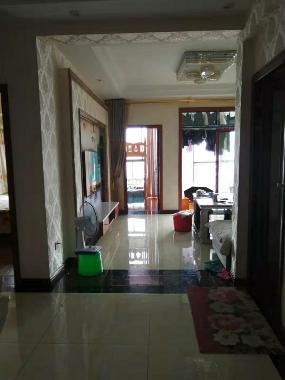 晋鹏·山台山3室 2厅 1卫