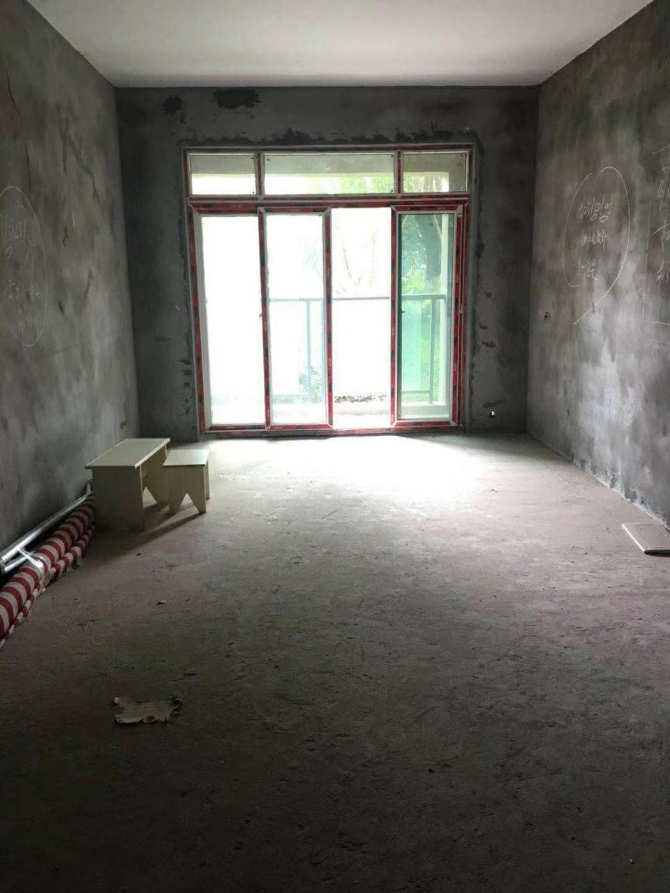 久桓城3室 2廳 1衛52.8萬元