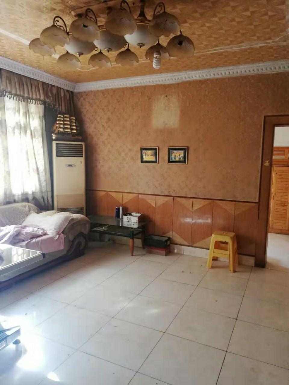 金都宾馆3室 2厅 1卫42万元