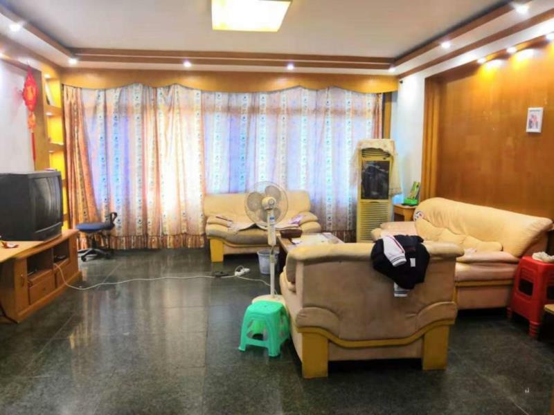 小西街3室 2厅 1卫50万元