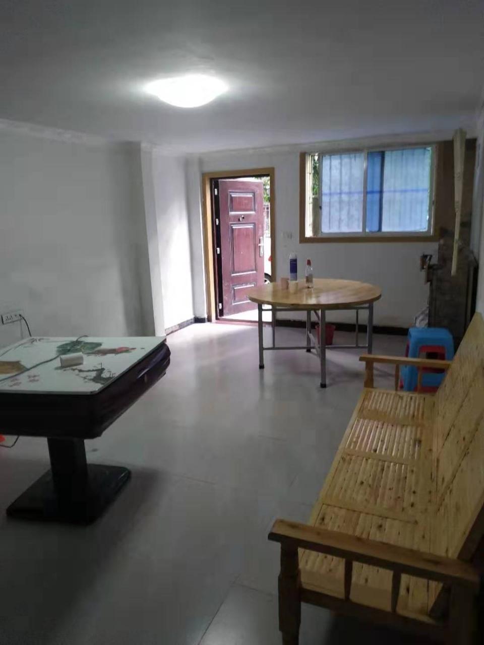 下河街3室 1廳 2衛30.8萬元