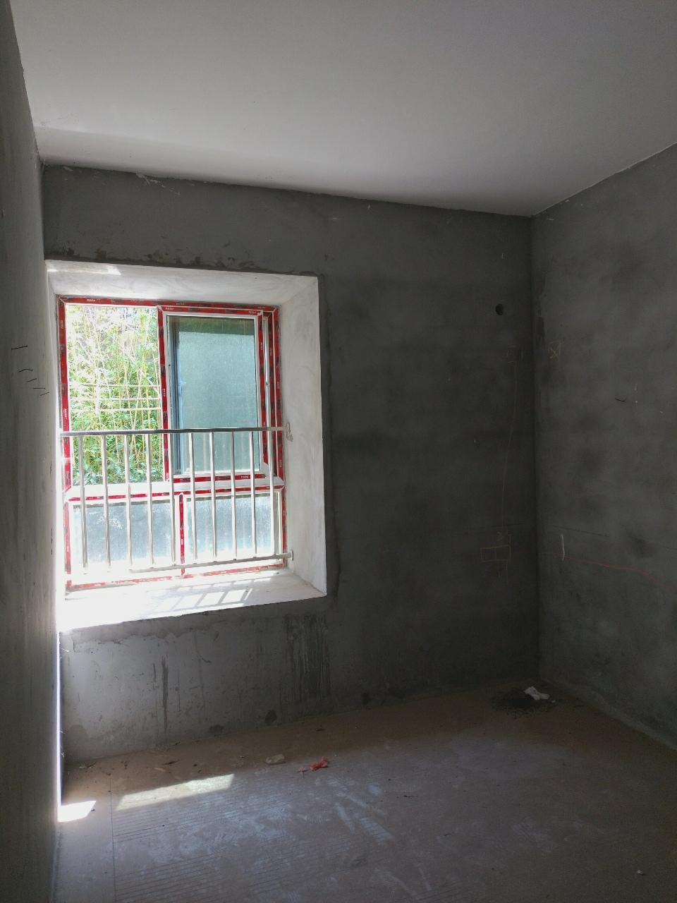 久桓城3室 2廳 1衛42萬元