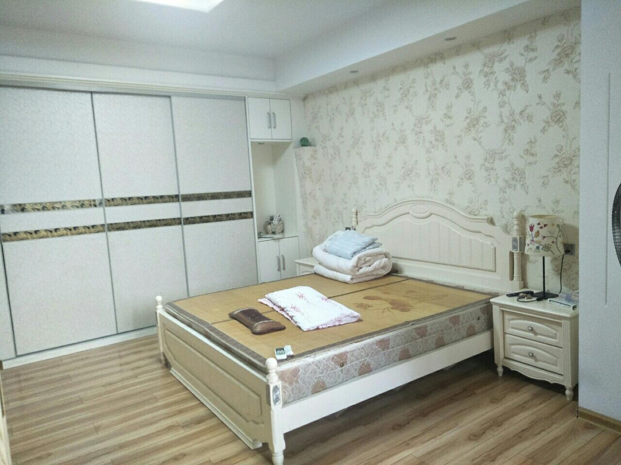 乔三安置房2室 2厅 1卫42万元