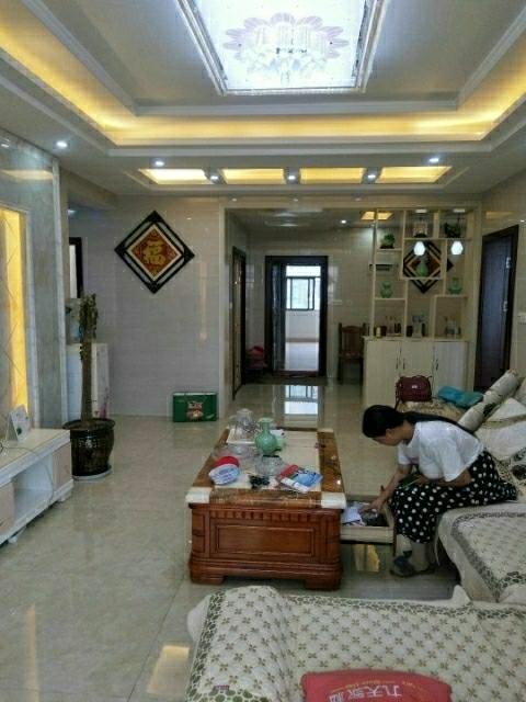 錦繡家園3室 2廳 1衛93萬元