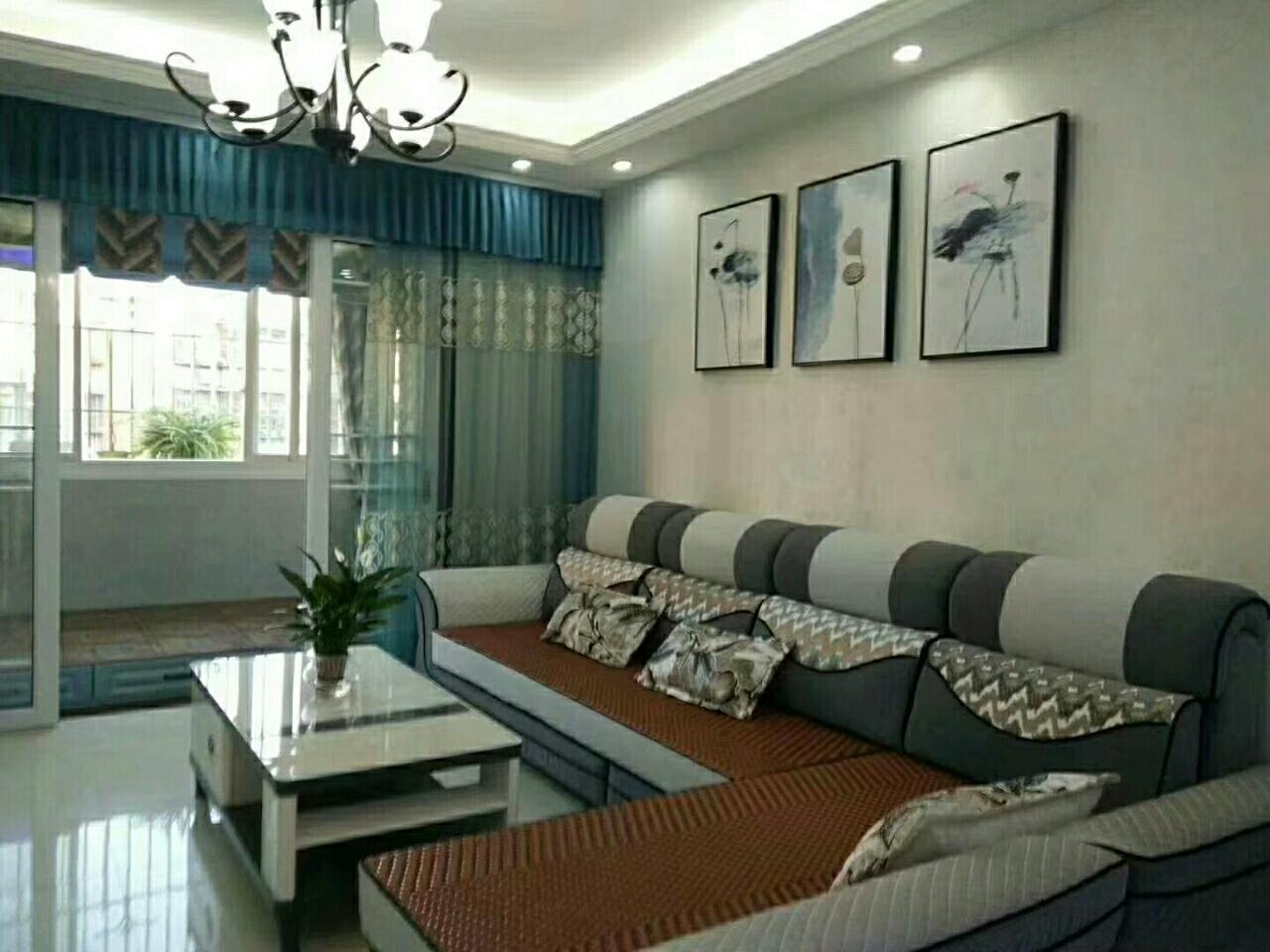 云枫苑,精装房出售3室 2厅 1卫62万元