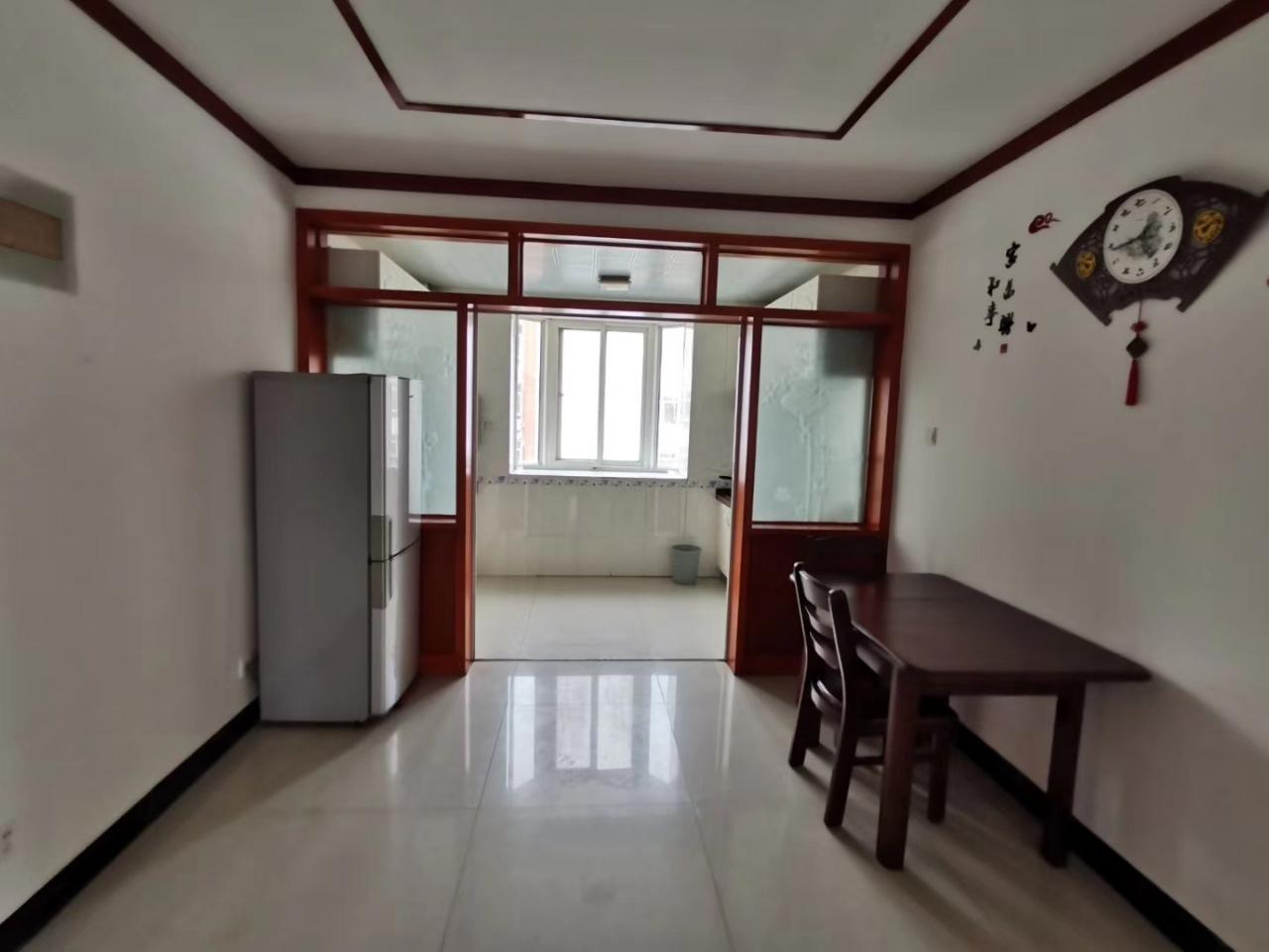 弘居華庭小區3室 2廳 2衛93萬元