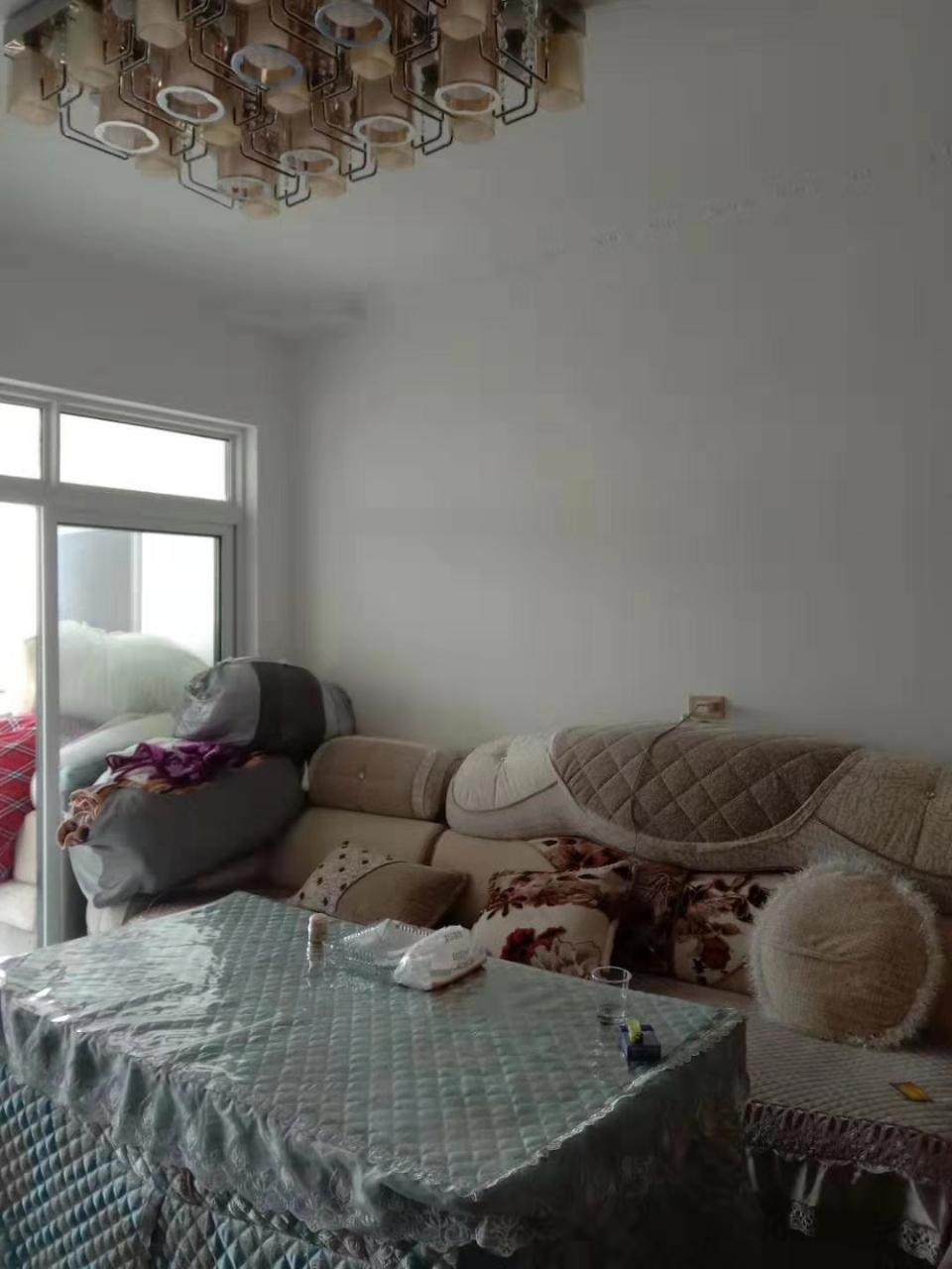 麒龙广场3室 1厅 1卫44.8万元