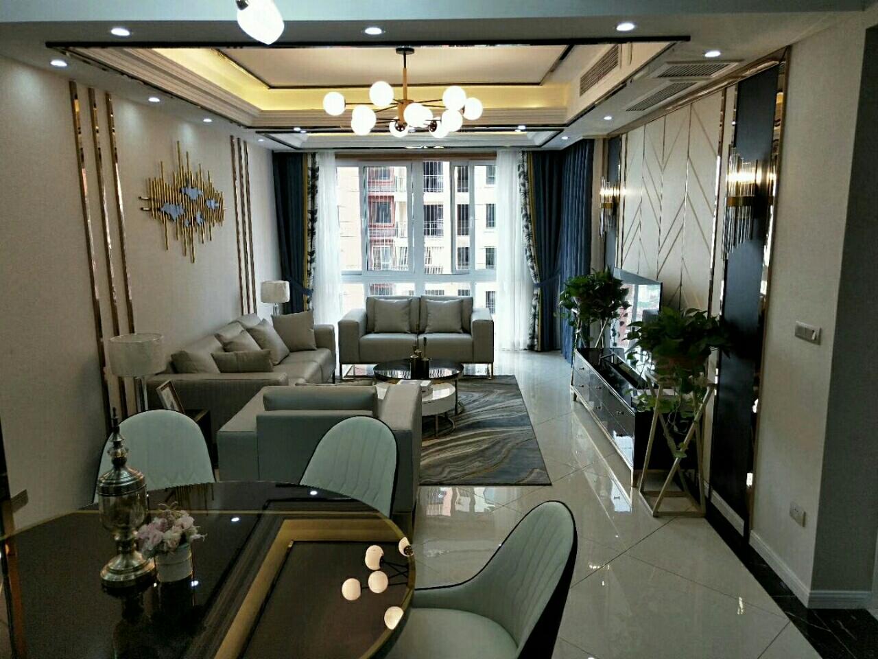 ?? ?? 金科云玺台二期23楼、楼中楼,证上面积4室 2厅 2卫126万元