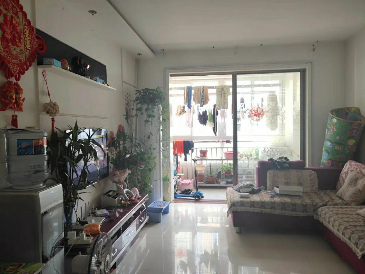 富盈家園2樓,精裝2室,80平+儲藏室