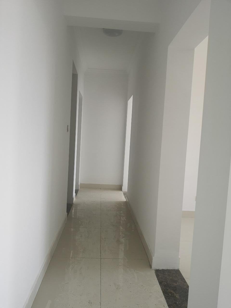 大海·丽苑3室 2厅 1卫73万元精装三室带储藏室