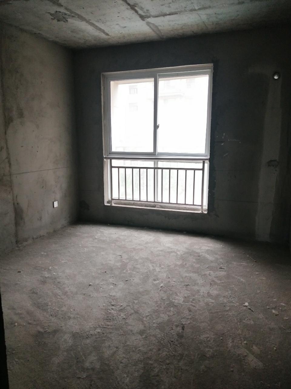 宏基王朝3室 2廳 2衛79萬元