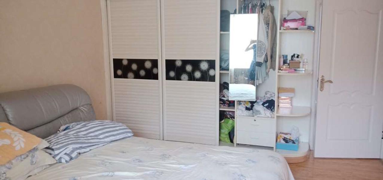 江景苑A區3室 2廳 2衛78.8萬元