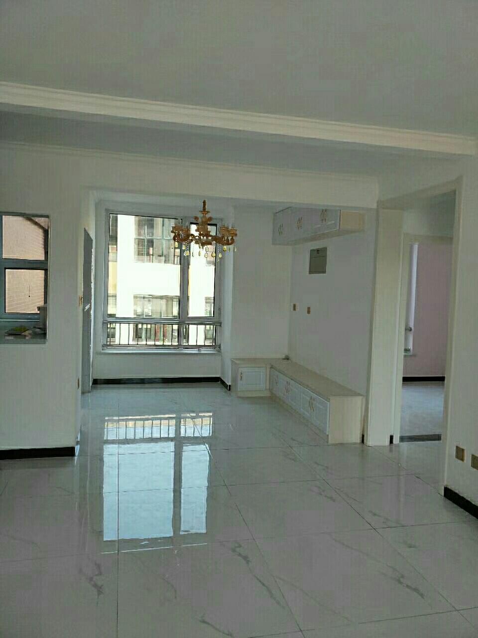 万泰鑫城嘉园2室 1厅 1卫86万元