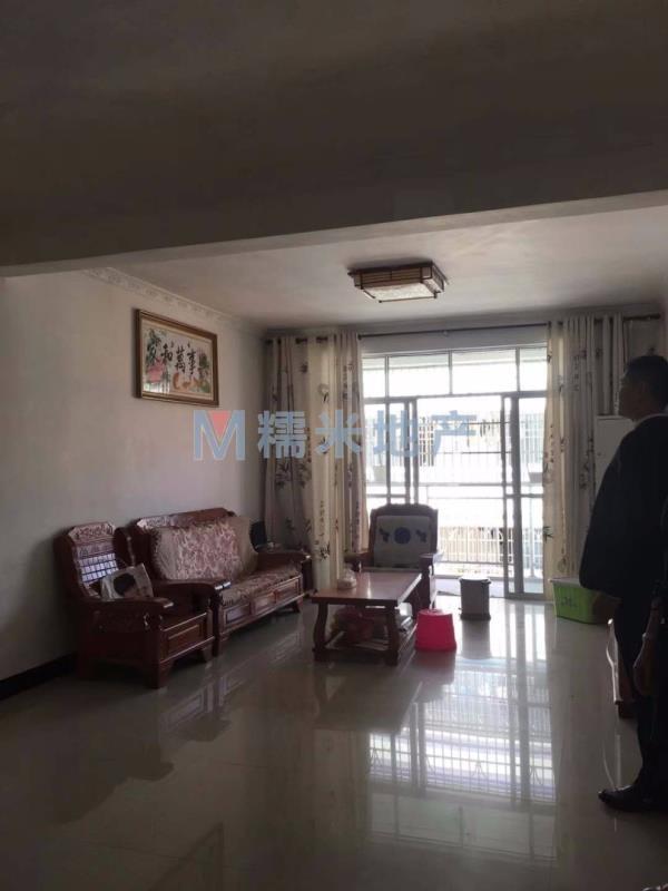 丽景豪庭4室 2厅 2卫55万元