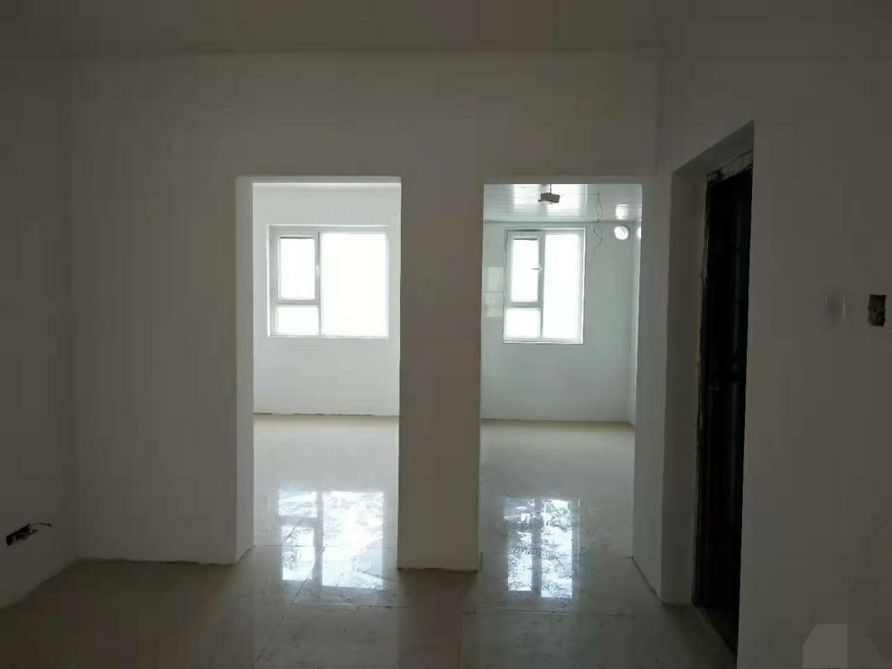 天怡雅苑3室 2厅 1卫68万元