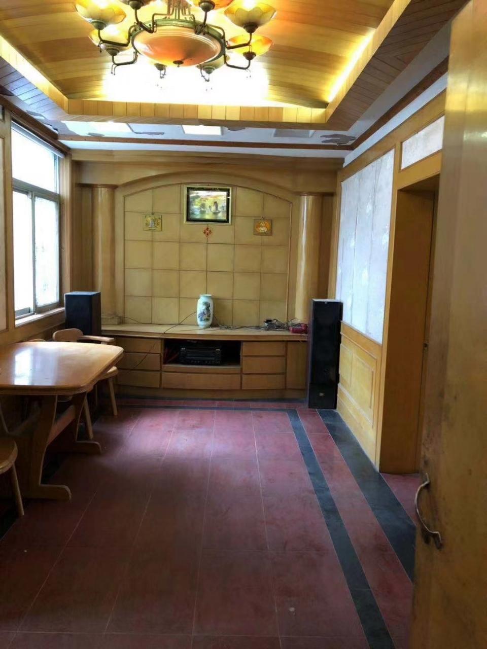 王彭小區2室 1廳 1衛46萬元